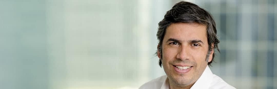 Claudio Pizarro analiza los desafíos que la transformación digital impone a los directorios